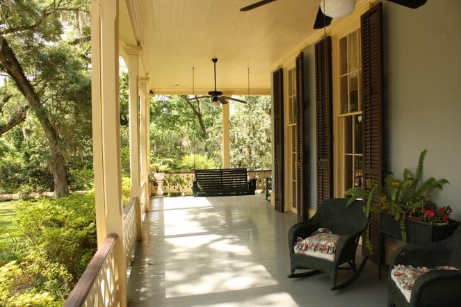 porch-186402_960_720