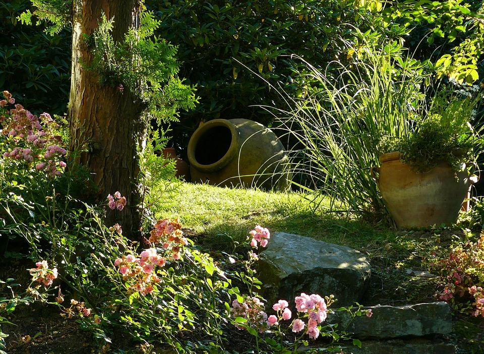 mediterranean garden-274534_960_720
