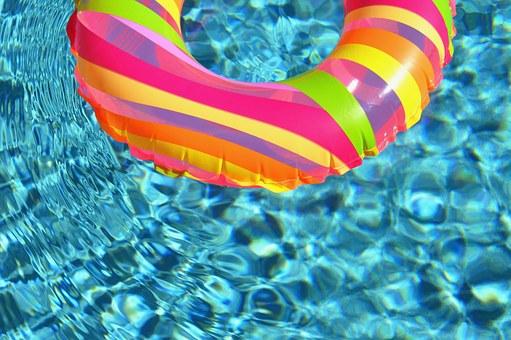 swim-ring-84625__340